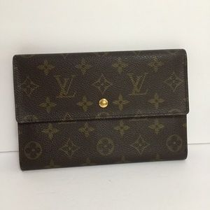 Louis Vuitton Pochette passport Trifold wallet